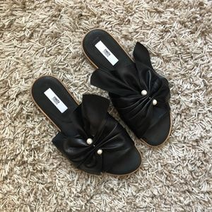 Miista Carina Sandals in Black with Pearl